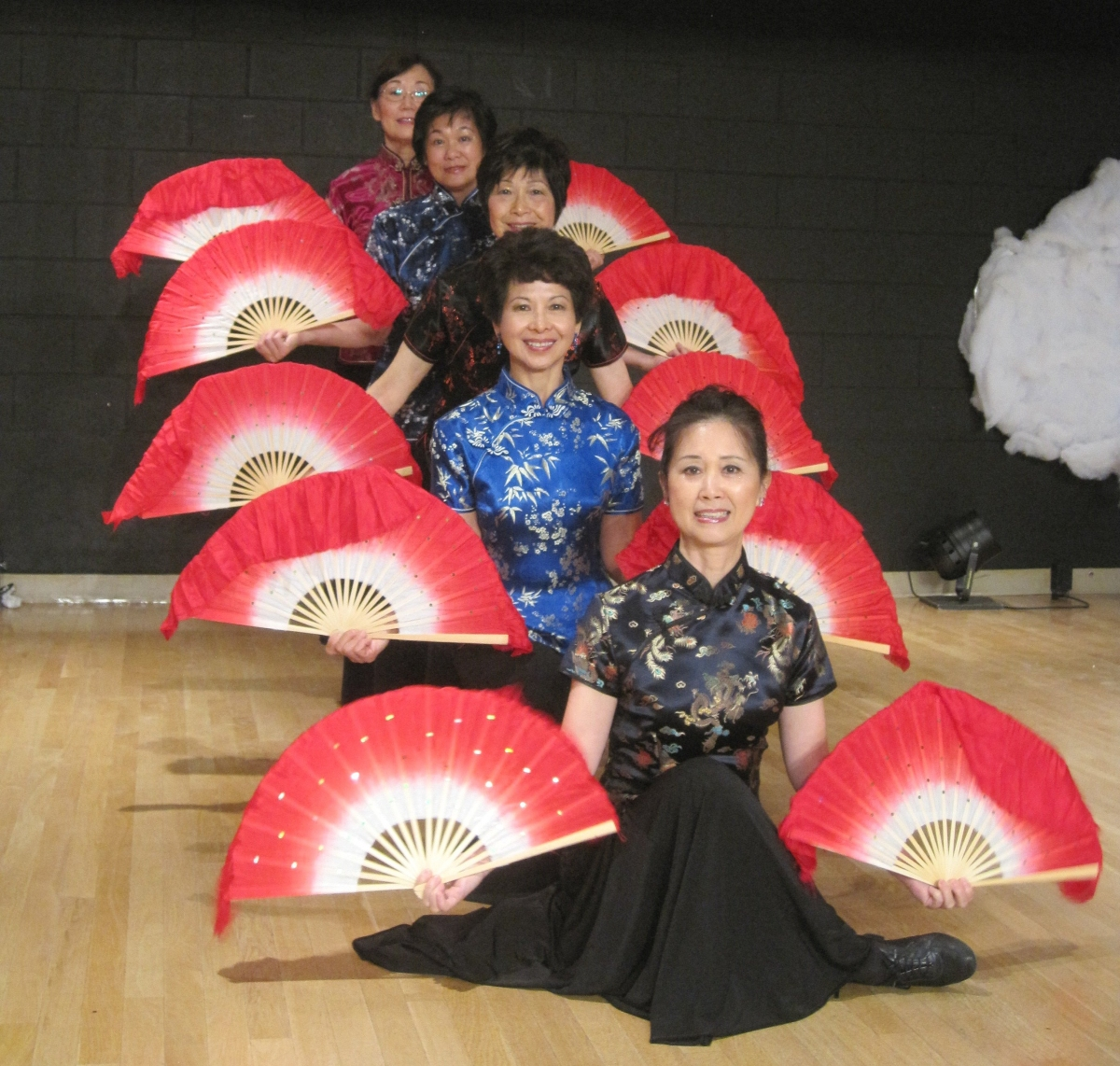 Chinese Fan Dance 6
