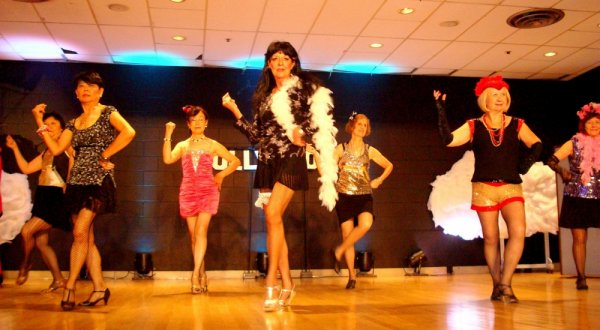 Burlesque by Merilyn and Dancers